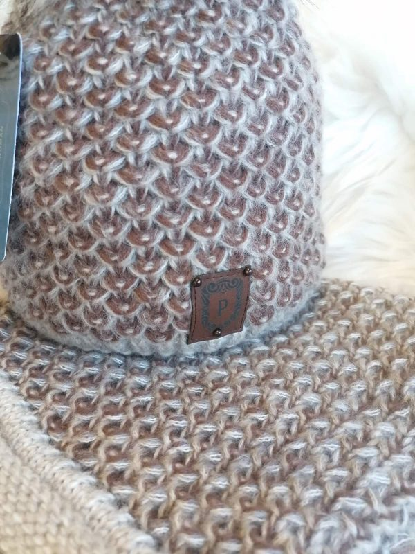 Perfect Hats Soft Knit in Brown/Cream Snood Set