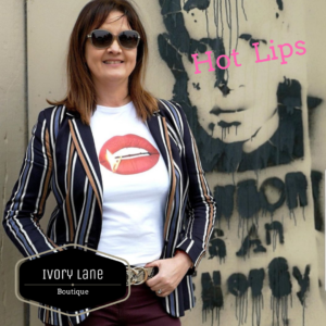 Gina Potter 'Hot Lips' T-Shirt