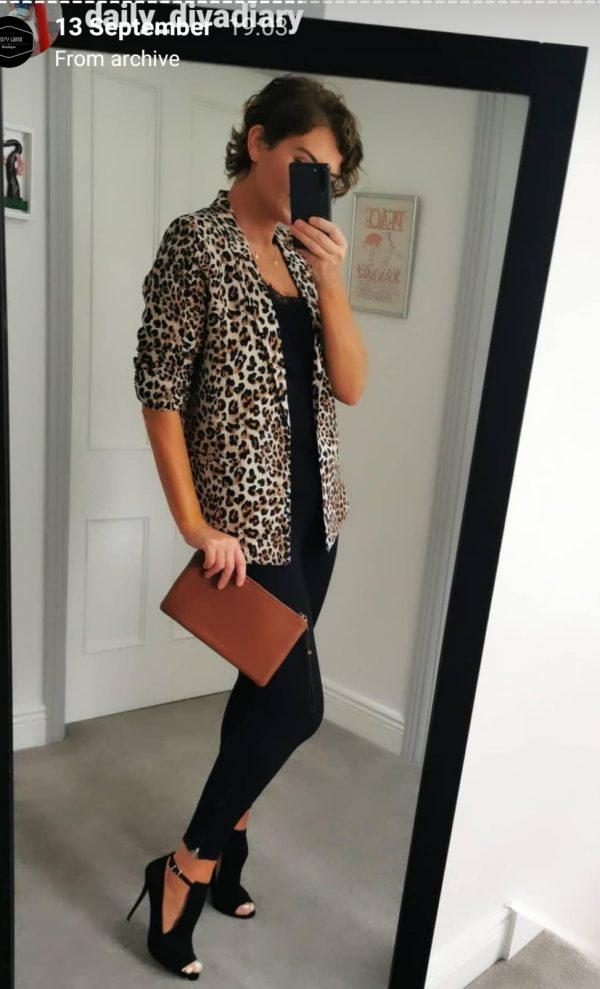 Soaked in Luxury Shirley Printed Blazer
