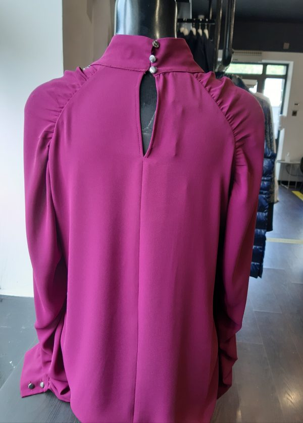Access Fashion Strass Piping Detail Prune Blouse