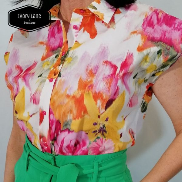 Access Fashion Sleeveless Printed Shirt