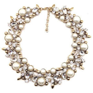 Augusta Necklace cream betty and biddy