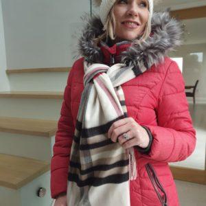 District fur trim hooded puffer jacket