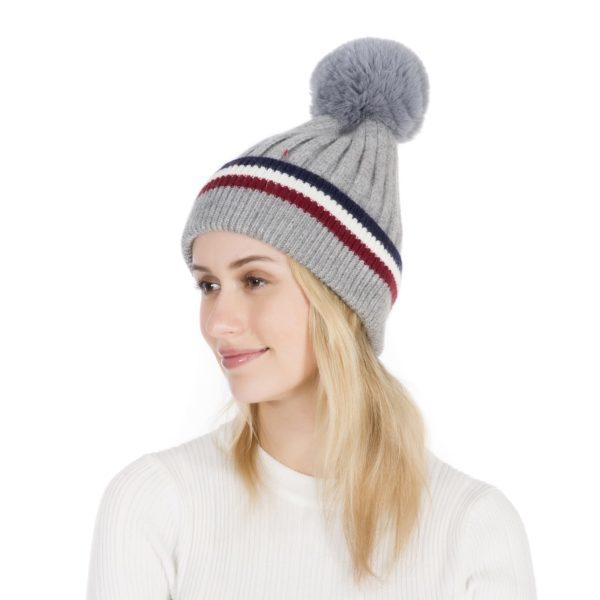 Peach Accessories Plain cashmere blend wool hat in Grey