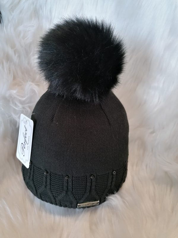 Perfect Hats in Black