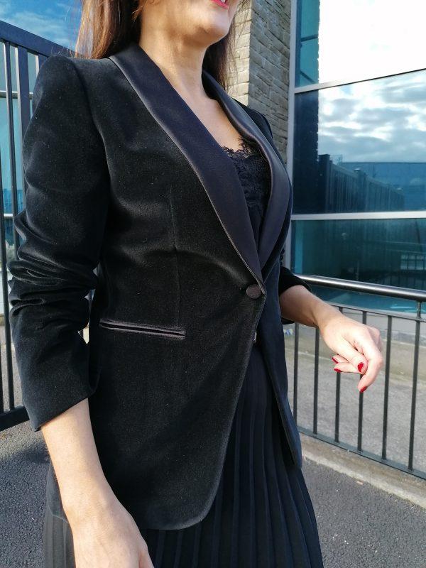 Bariloche Prato Black Velvet Blazer
