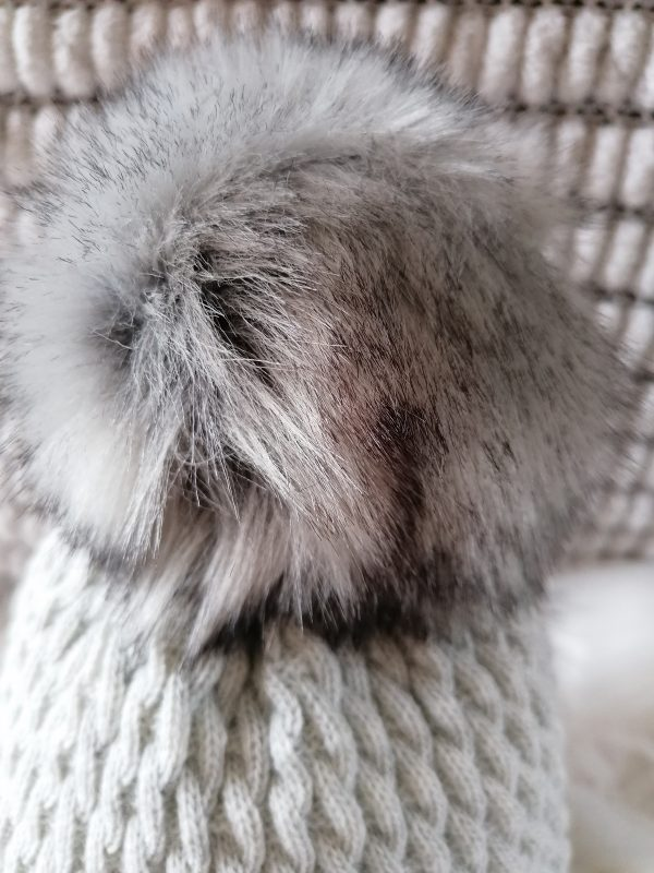 Perfect Grey pom pom hat