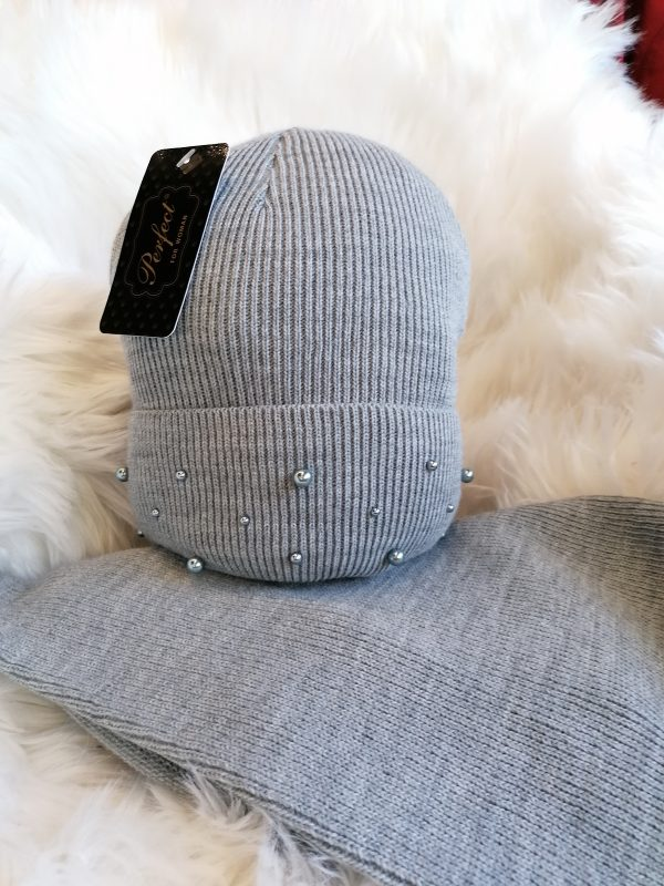 Perfect Hats Snood Set in Pearl Grey