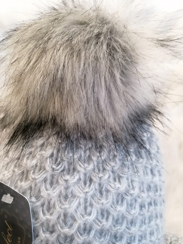 Perfect Hats Soft Knit in Light Grey Snood Set
