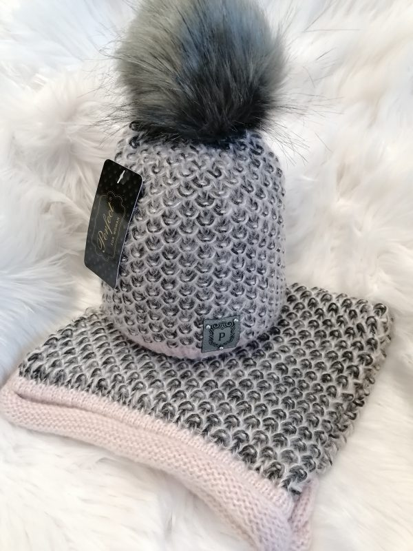 Perfect Hats Soft Knit in Pink/Black Snood Set
