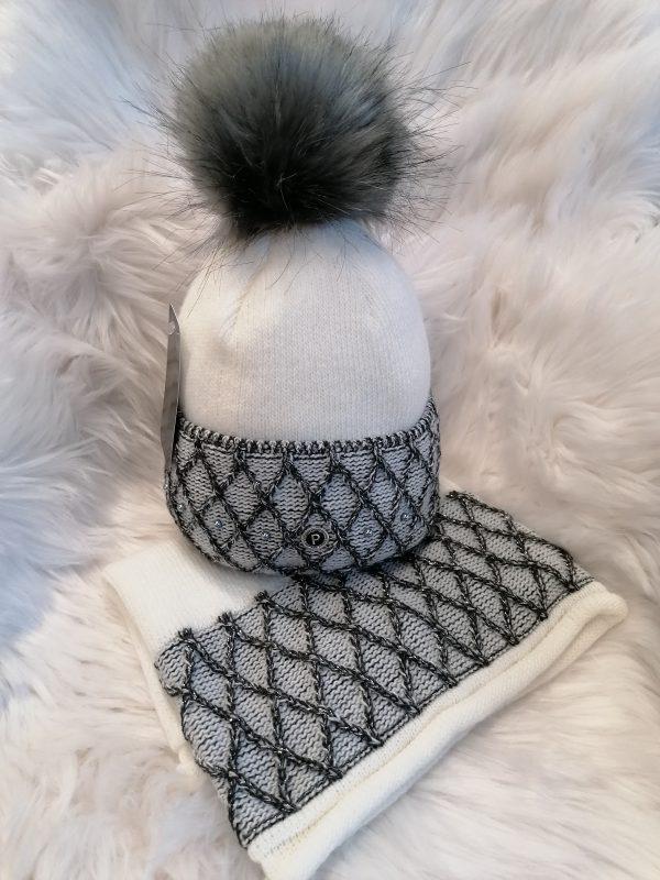Perfect Hats White/Black Snood Set