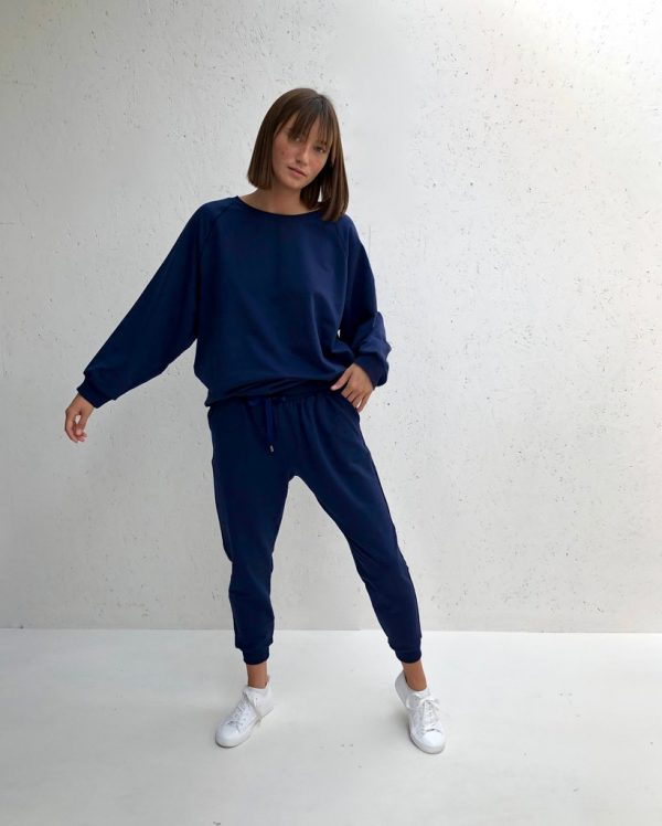 Chalk Clothing Nancy Oversized Comfy Sweatshirt in Navy