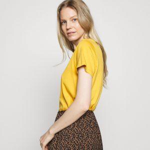 Cream Naia O-Neck T-Shirt Yellow