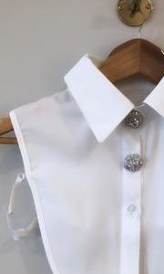 Buttons and Dote Crystal Collar Bib