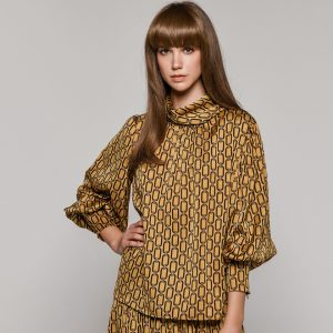 Access Fashion Chain Blouse